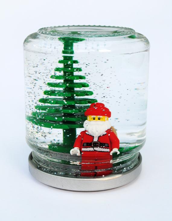 Lego snowglobes