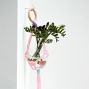 Simple hanging vase