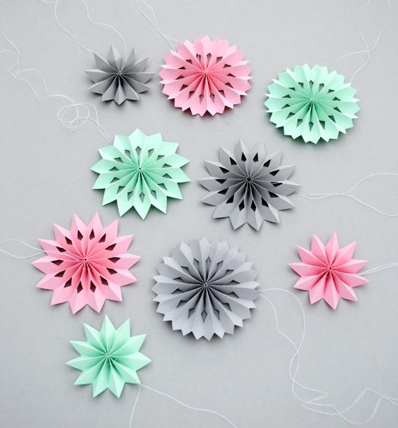 Mini paper medallions