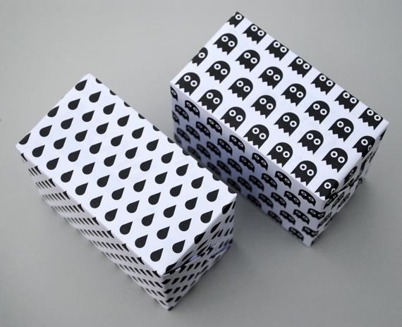 Printable Halloween Giftwrap