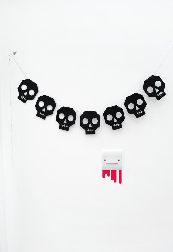 Skull bunting // Cobweb wrap