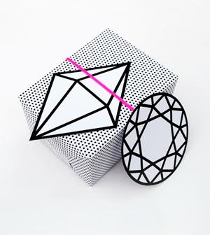 Graphic gem giftwrap